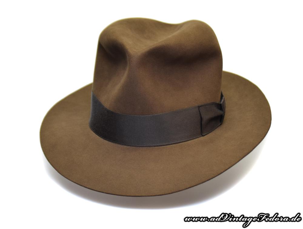 b22d80e3bd909 Last Crusade Fedora Indiana Jones Hut Hat 1