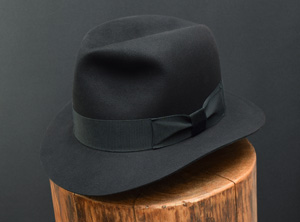 Black_short_brim2kl