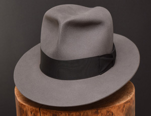 Clipper Fedora in stone grey