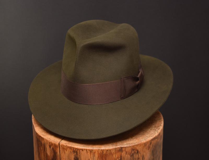 Custo Bespoke Fedora hat moss green