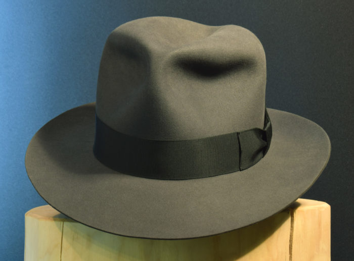 Ein Kingdom / Crystal Skull Fedora Hut handgemacht aus 100% Biber-Filz slate grau 2
