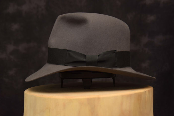 stone grey fedora hut hat raiders 2