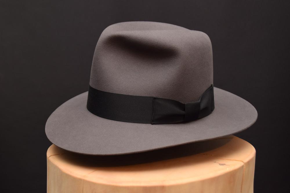 Indiana Jones Kingrom Crytsal Skull fedora Hut Hat grau grey 2