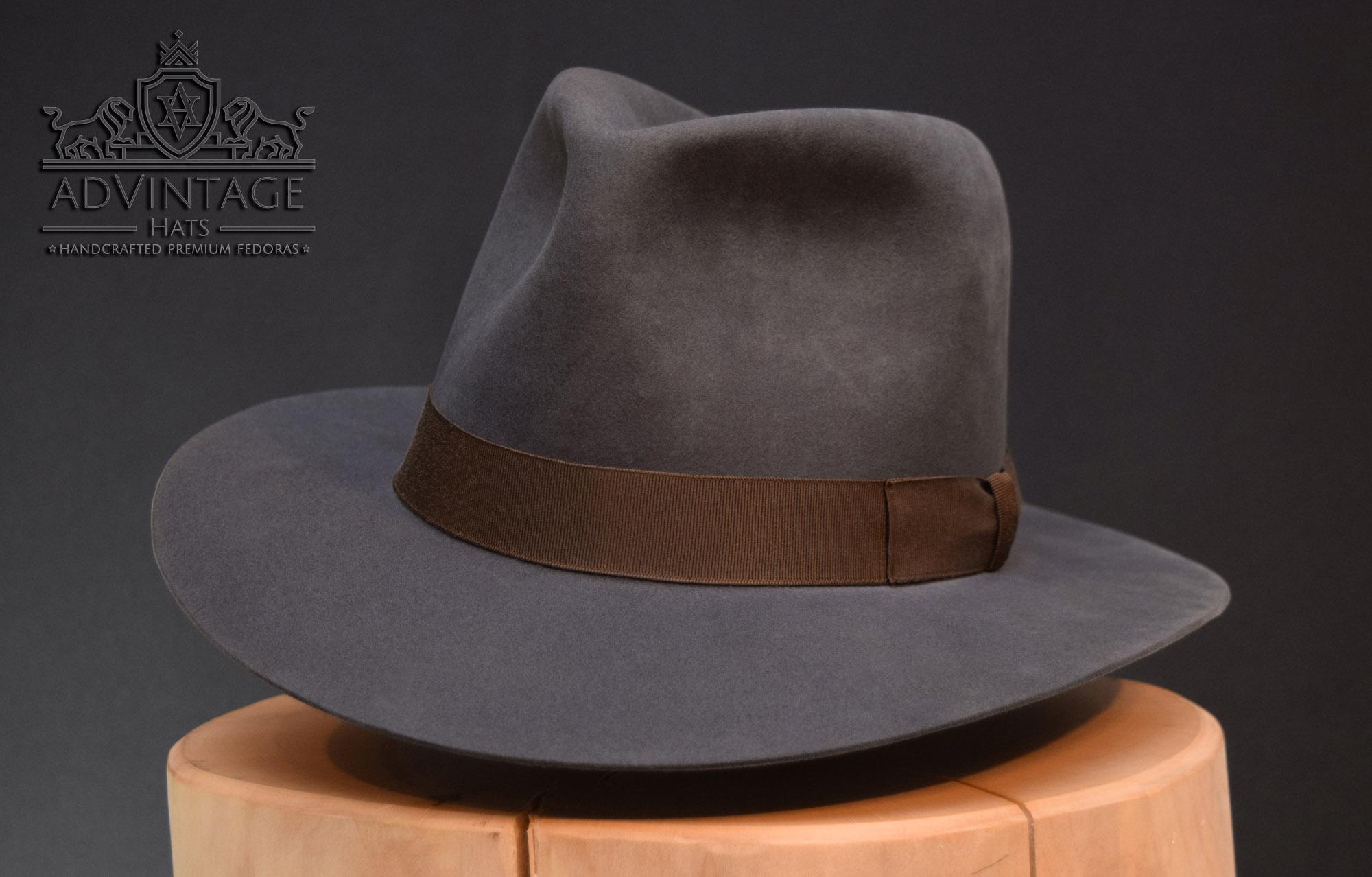 Alan Grant fedora hat sam neill jurassic park 3