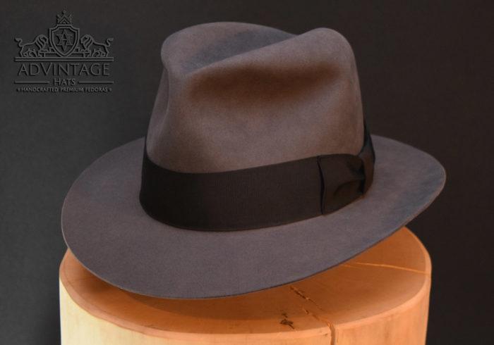 custom fedora hut hat grau
