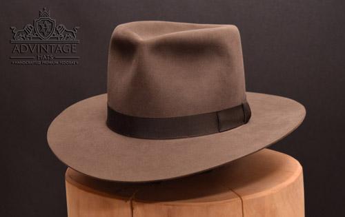 Custom Fedora hat in Smoke-Grey